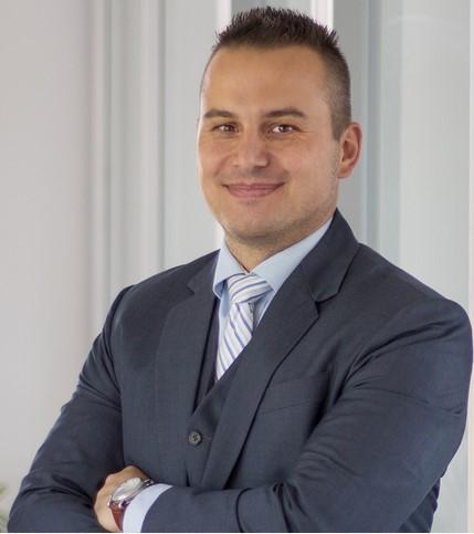 Dr. Ing. Dennis Bakir,